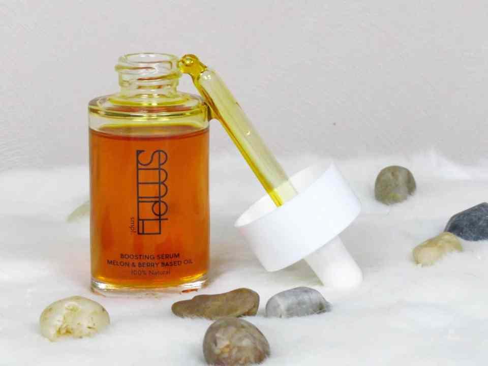 olie met zeer veel unieke natuurlijke extracten van 12 verschillende soorten bessen.