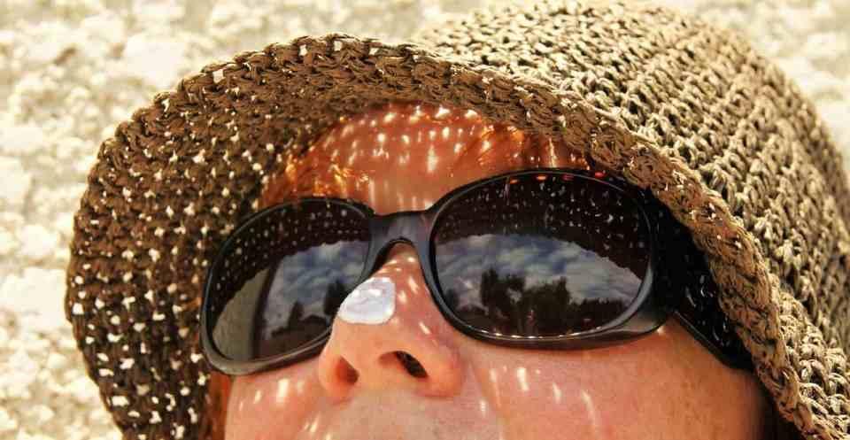 witte waas in een zonnebrandcrème, veiliger of onveiliger dan geen witte waas.