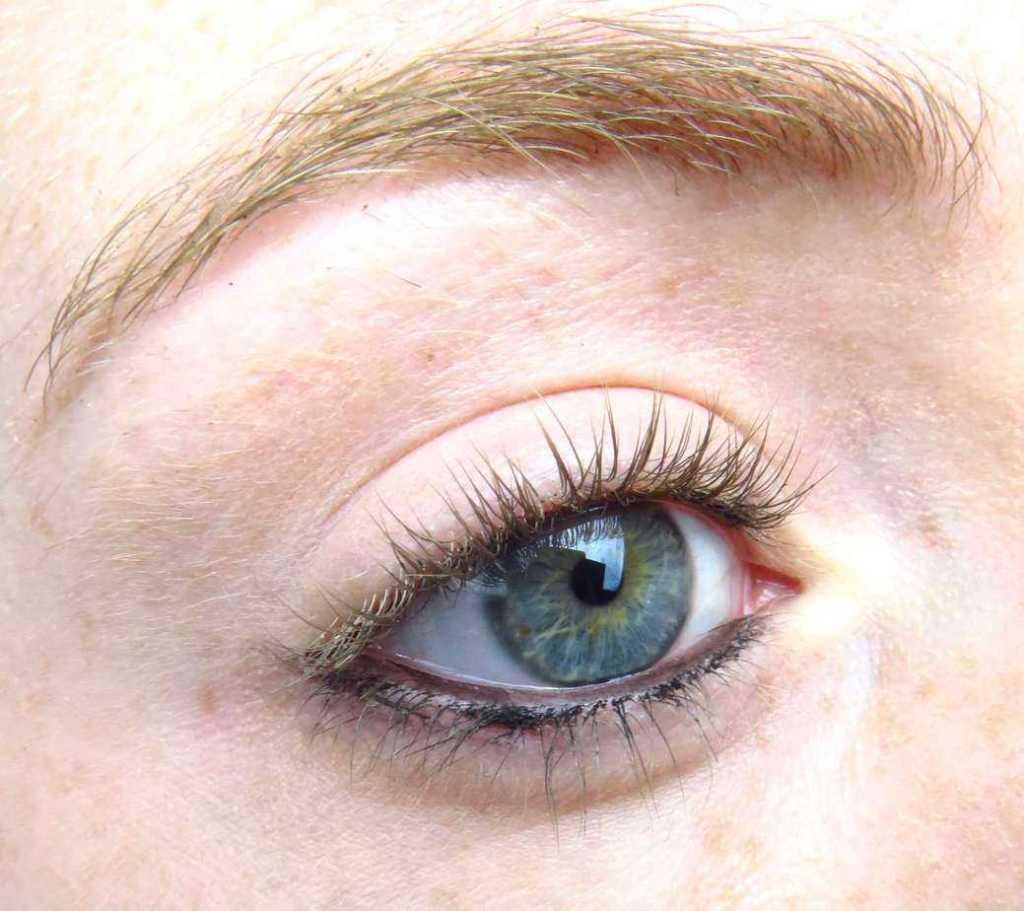 Chanel oogpotlood waterrand