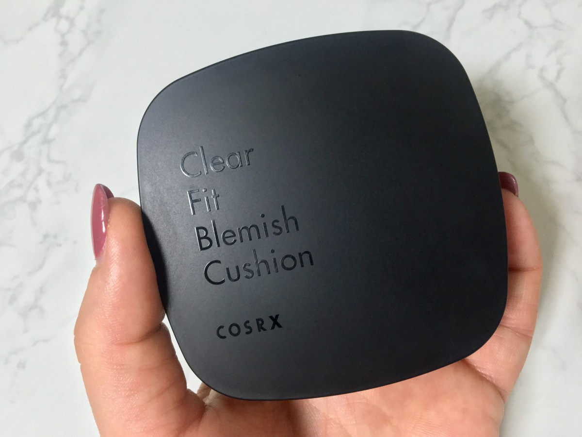 Review & GIVEAWAY: COSRX Clear Fit Blemish Cushion