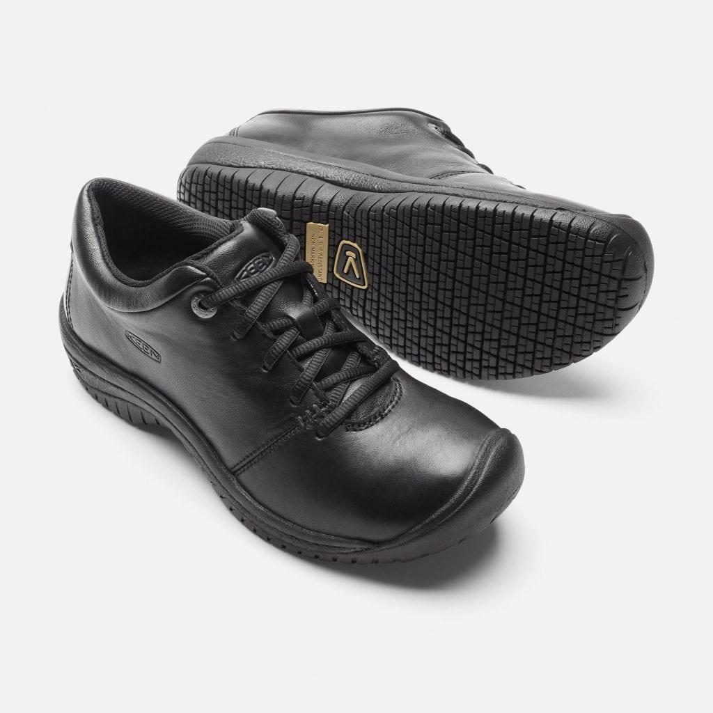 shoes for work in the kitchen cabinet unit what are non slip style guru fashion glitz
