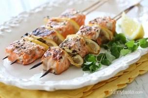 https://i0.wp.com/www.skinnytaste.com/wp-content/uploads/2013/06/grilled-salmon-kabobs-550x365.jpg?resize=304%2C202&ssl=1