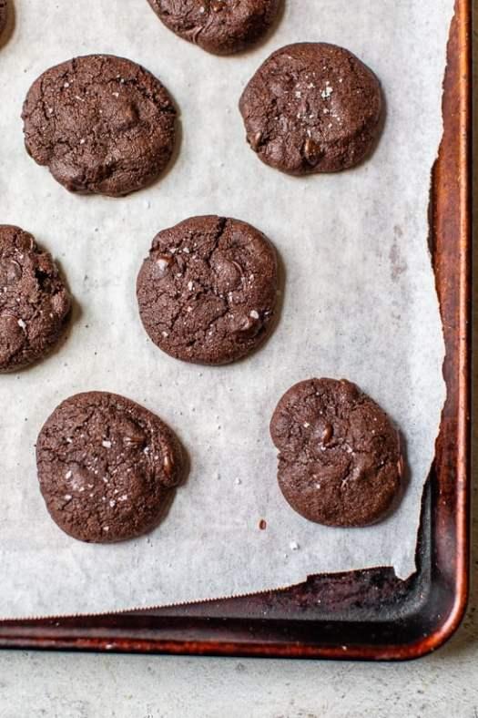 Fudgy Flourless Crinkle Brownie Cookies with Sea Salt