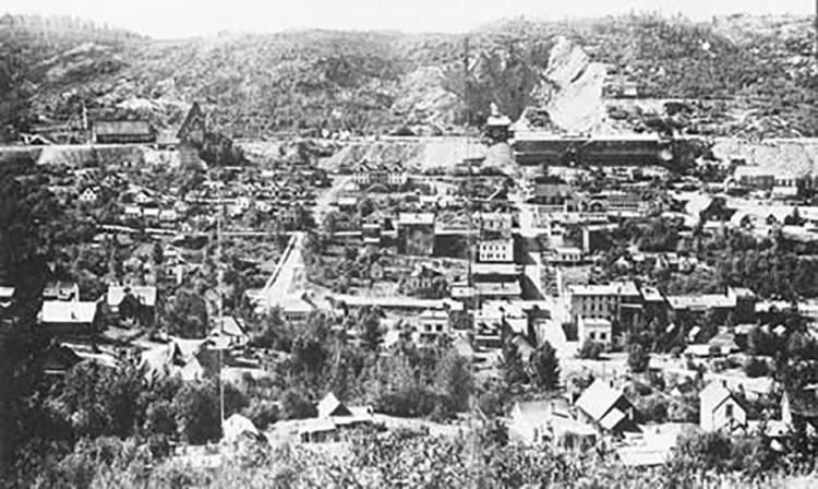 Ski Phoenix Mountain History 01