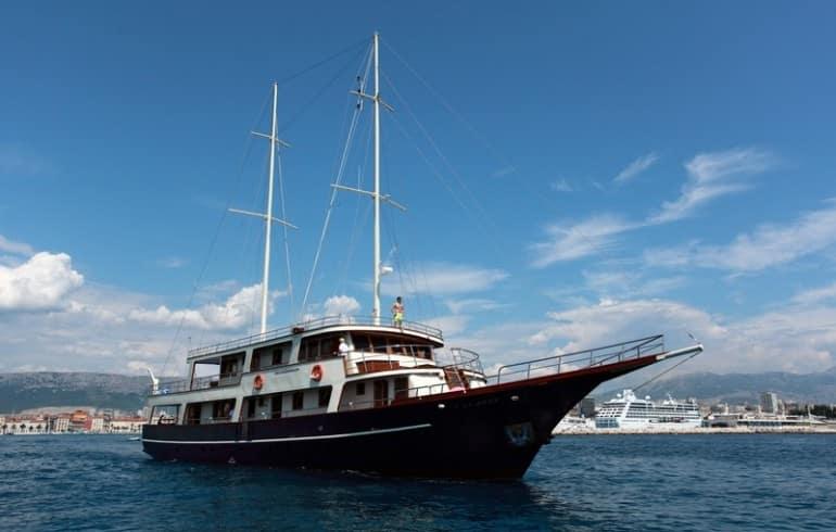 gulet-luna-charter-croatia-rental