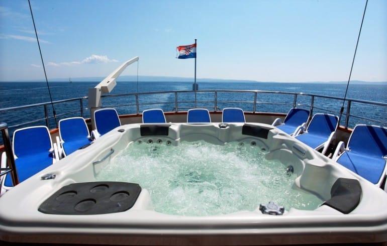 luna-yacht-charter-croatia-sailing-holidays-croatia-booking-yacht-charter-croatia-catamarans-sailboats-motorboats-gulets-luxury-yachts-boat-rental-1