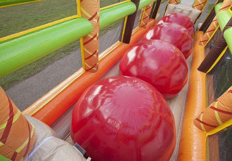 Red balls stormbaan