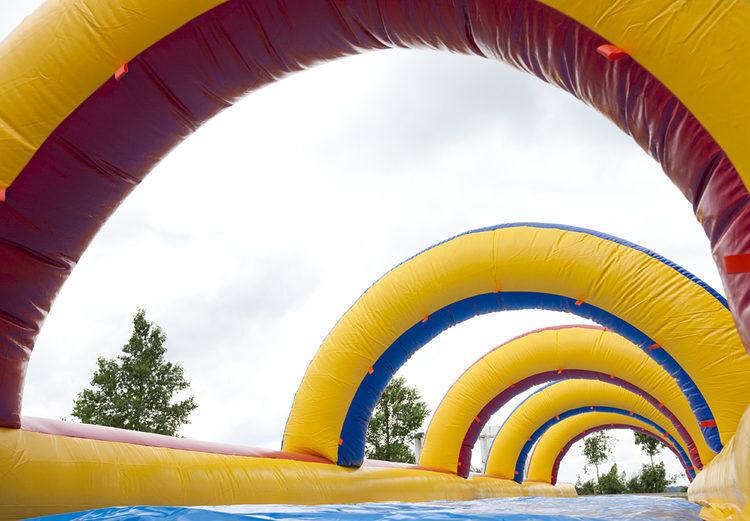 Buikschuifbaan met zwembad 18 meter