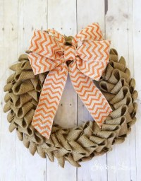Learn how to make a burlap wreath with this easy tutorial