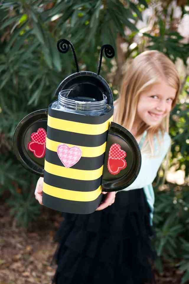 bumble bee Valentine box