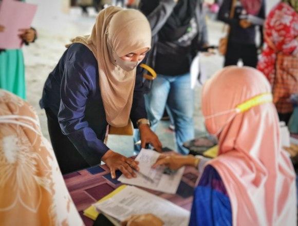 Majlis Serahan Bantuan Awal Persekolahan 2021