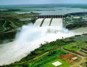 beautiful-itaipu-dam