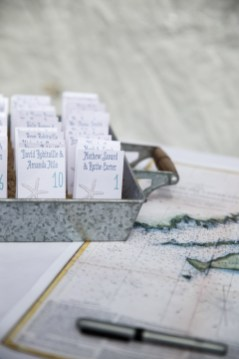 Starfish Place cards by SKO Designs. Photography by Organic Photography.