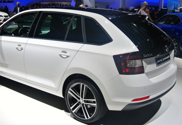 Skoda Rapid Spaceback Style Plus back
