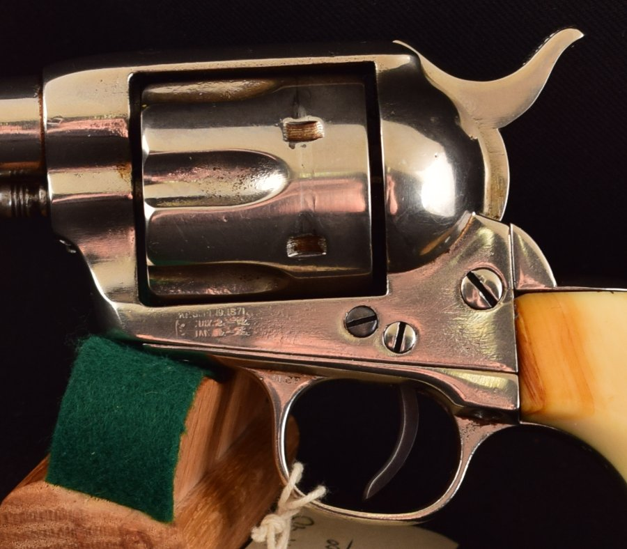 Colt Single Action 44-40, 7 1/2 Tommer Elfenben