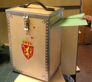 Kanskje kan 16-åringane i Troms få bruke denne urna i framtida