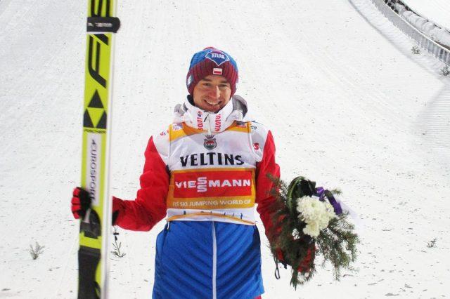 Kamil Stoch po imponującym triumfie w Lahti (fot. Tuija Hankkila)