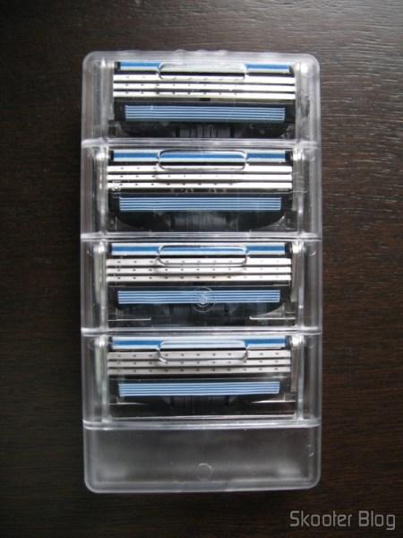 Embalagem interna acrílica com 4 cartuchos Mach 3 da Gillette