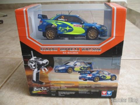 Caixa do Subaru Impreza WRC2006 da Auldey, de tanto chacoalharem nos Correios ele acabou com a traseira desencaixada, apesar de estar bem preso a base da caixa acrílica