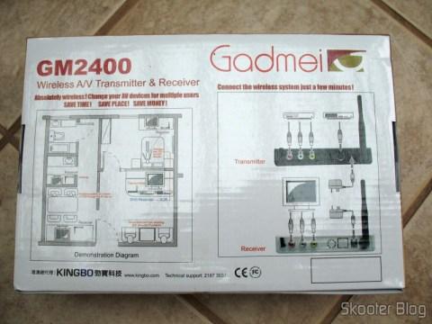 Parte traseira da caixa do Gadmei GM2400, com o esquema de instalação