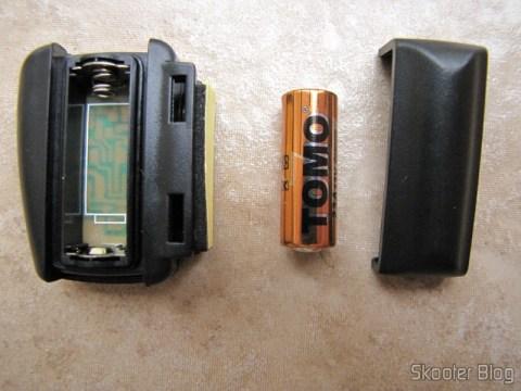 O sensor/transmissor utiliza uma bateria 23A pré-instalada