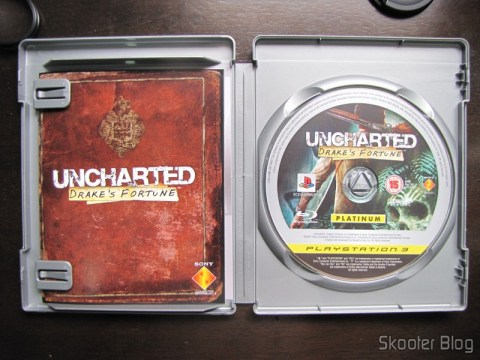 Manual e blu-ray do Uncharted: Drake's Fortune