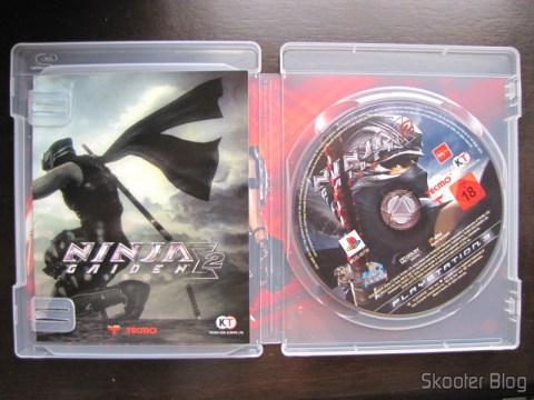 Manual e disco Blu-ray do Ninja Gaiden Sigma 2 do Playstation 3