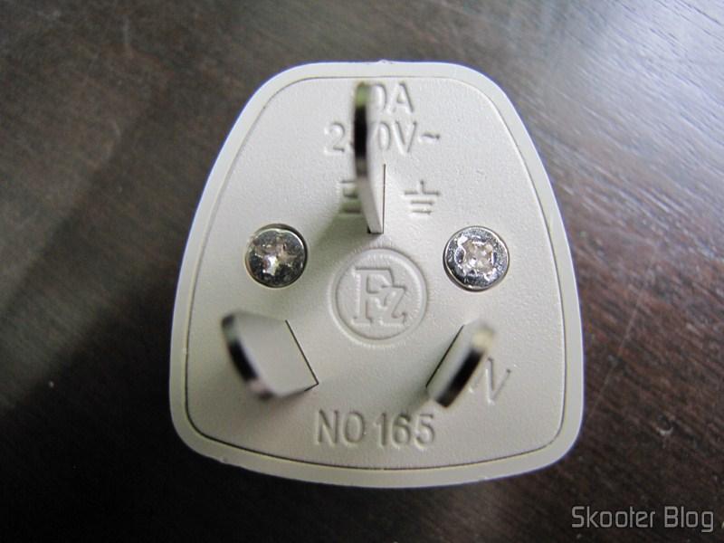 FocalPrice: Adaptador de Energia com Plug Australiano e