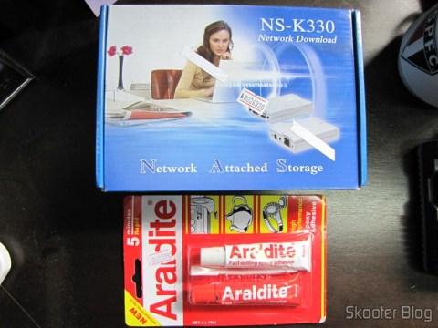 Servidor USB/NAS/FTP/SAMBA/Impressão/UPNP/Compartilhamento + Cliente de BitTorrent e Adesivo Epoxy AB Araldite 5-Minutos (Super Cola)