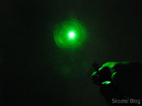Luz do Laser Verde 532nm 5mW com logo da DX (2 pilhas AAA)
