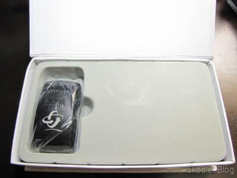 O Receptor GPS Bluetooth para Navegação e Rastreamento com 20 canais devidamente acondicionado em sua caixa