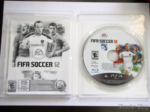 Manual e disco Blu-ray do Fifa Soccer 12 (PS3)