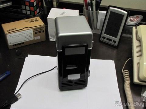 Mini Geladeira e Aquecedor USB (USB Mini Cooling Fridge)