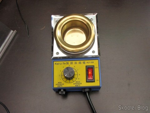 Solder Pot Temperature Controlled 150W 220V - Blue and Gold (150W Temperature Controlled Soldering Pot - Blue + Golden (220In))