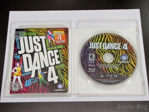 Manual e disco blu-ray do Just Dance 4 (PS3)