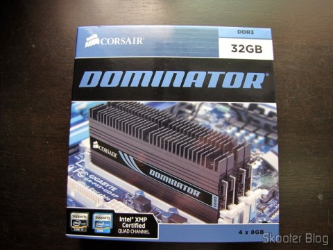 Memory modules Corsair Dominator 32GB (8GBx4) DDR3 PC3-12800 240-pin CMP32GX3M4X1600C10