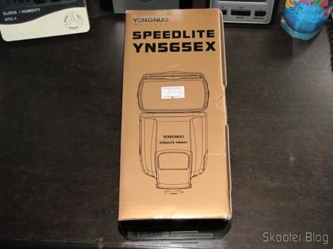"Flash TTL YongNuo Speedlite YN565EX c/ LCD 2.0"" para Canon DSLR (YongNuo Y565EX 2.0"" LCD TTL Flash Speedlite Speedlight for Canon DSLR - Black (4 x AA)) em sua caixa"
