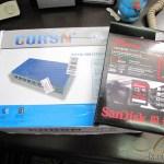 Segundo Switch 8 Portas Gigabit Ethernet 10/100/1000Mbps CORSN CS-1008G e Cartão de Memória de Alta Velocidade SDHC 300X Sandisk Extreme Genuíno 32GB Classe 10