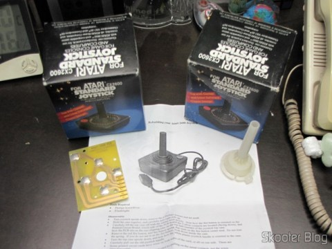 2 Joysticks the Atari 2600 Novos and kit Reparo of joysticks from Atari 2600 CX40