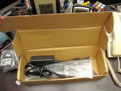 2.0E5 Professional Electric Screwdriver 100-240V (2.0E5 Professional Electric Screwdriver Hand Tool (100-240V / U.S. Plug)), on its packaging