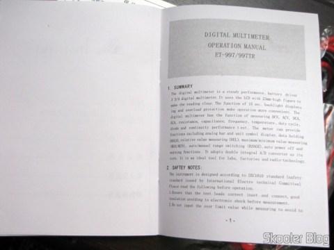 "Manual do Multímetro Digital Minipa ET-997 com LCD de 3.0"" (Tensão + Corrente + Resistência + Temperatura / 1*6F22) (ET-997 3.0"" LCD Handheld Digital Multimeter (Voltage + Current + Resistance + Temperature / 1*6F22))"