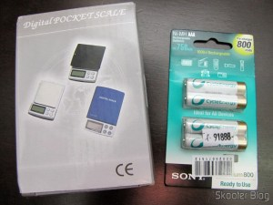 Precision Digital Pocket (Maximum 300g / Resolution 0.01g) and Package of 4 Sony Rechargeable AAA 800mAh 1.2V