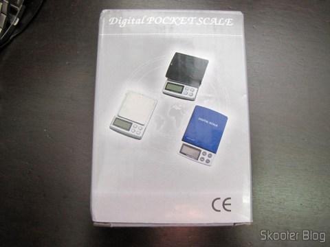 Balança de Precisão Digital de Bolso (Máximo 300g / Resolução 0.01g) (Precision Digital Pocket Scale (300g Max / 0.01g Resolution)) em sua embalagem