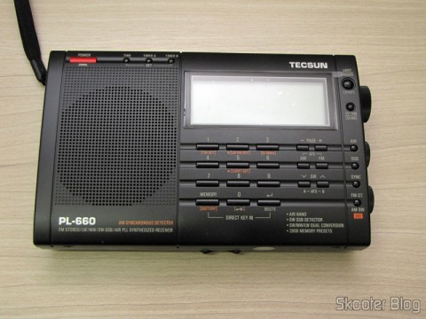Radio Multi-Banda Mundial Tecsun PL-660 FM, AM (Medium Wave), Shortwave, Long Waves and Escuta Aeronautics (TECSUN PL-660 (Black) AIR/FM/SW/MW/LW World Band Radio)