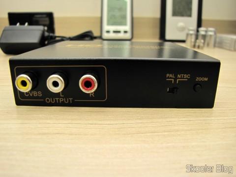 Saídas e botões de configurações do Conversor de HDMI para Vídeo Composto (CVBS) + Áudio Estéreo (HDMI to CVBS Video Converter)