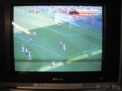 TV CRT displaying the output image HDMI Converter for Composite Video (CVBS) + Stereo Audio (HDMI to CVBS Video Converter)