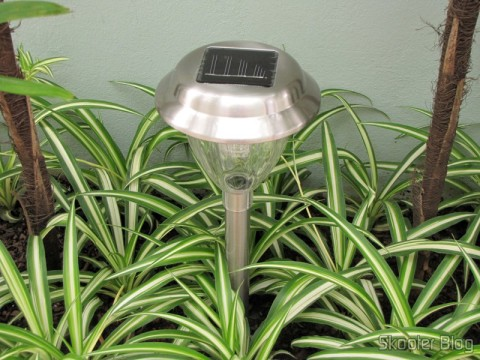 Garden Lamp Stainless Steel with White LED Light with Auto-Rechargeable Solar Energy (1*AA) (Stainless Steel Solar Powered Self-Recharged LED White Light Lawn Lamp (1*AA)) installed, Loading daytime.
