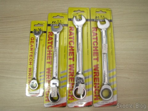 Chave Combinada (Chave de Boca) with Ratchet Chrome Vanadium Steel 9mm REWIN (Chrome Vanadium Steel Ratchet Combination Spanner Wrench (9mm)), Chave Combinada (Chave de Boca) with Ratchet Hinged Steel Chrome-Vanadium 13mm REWIN (REWIN RJ-313 Chrome-Vanadium Steel 2-in-1 13mm Open End + Double Box End Combination Wrench)Combined keyda (Chave de Boca) with Ratchet Hinged Steel Chrome-Vanadium 14mm REWIN (REWIN RJ-314 Chrome-Vanadium Steel 2-in-1 14mm Open End + DDouble Box End Combination Wrench, and Combination WrChave de Bocae Boca) with Ratchet Steel Chrome-Vanadium 15mm RChrome Vanadium Steel Ratchet Combination Spanner WrenchWrenmm (15mm)), in their packaging