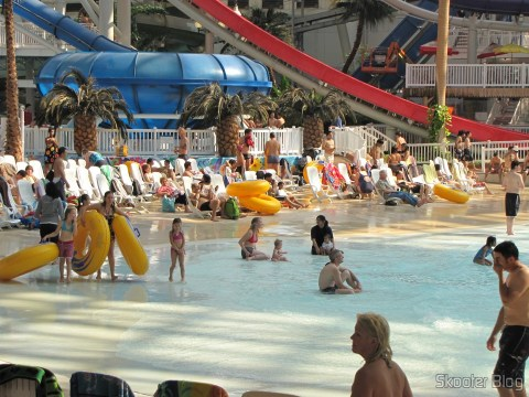 Praia Artificial no West Edmonton Mall