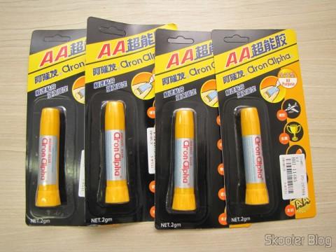 4 Tubes of Super Glue Aron Alpha Instantânea (Aron Alpha Instant Super Glue)